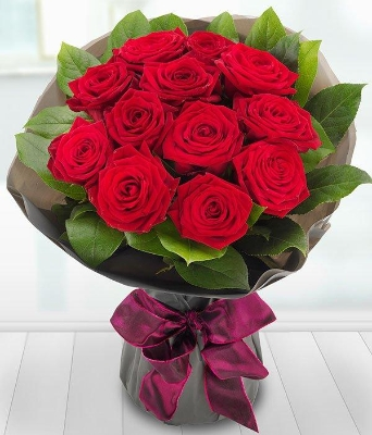 A Dozen Luxury A1 Red Roses*